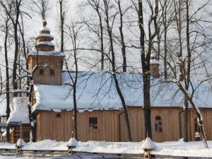 Stary Kościół w Zakopanem zimą