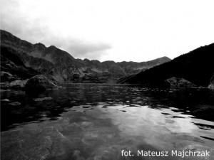 Wielki Staw (czarno - białe zdjęcie)